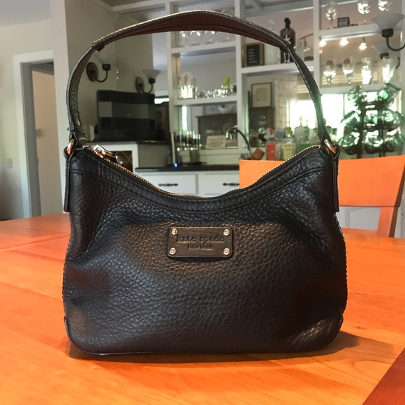 kate spade Handbags - Kate Spade Shoulder Bag